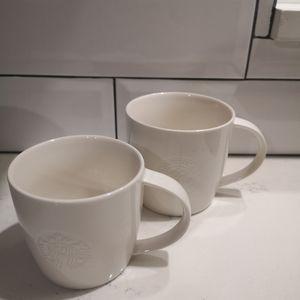 Starbucks classic bundle of 2white mugs